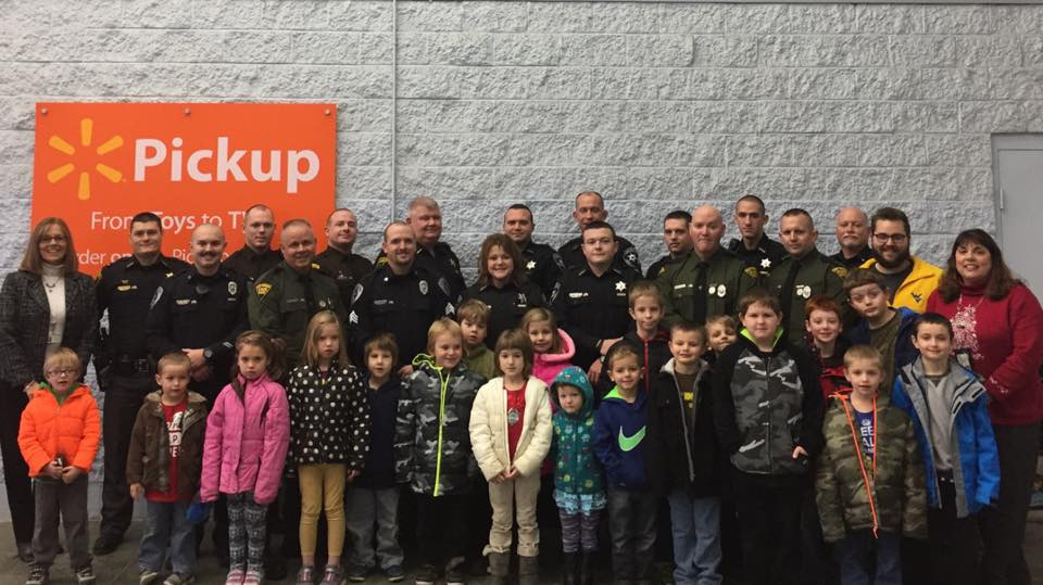 Shop with a Cop Youth Charity Program Group Photo